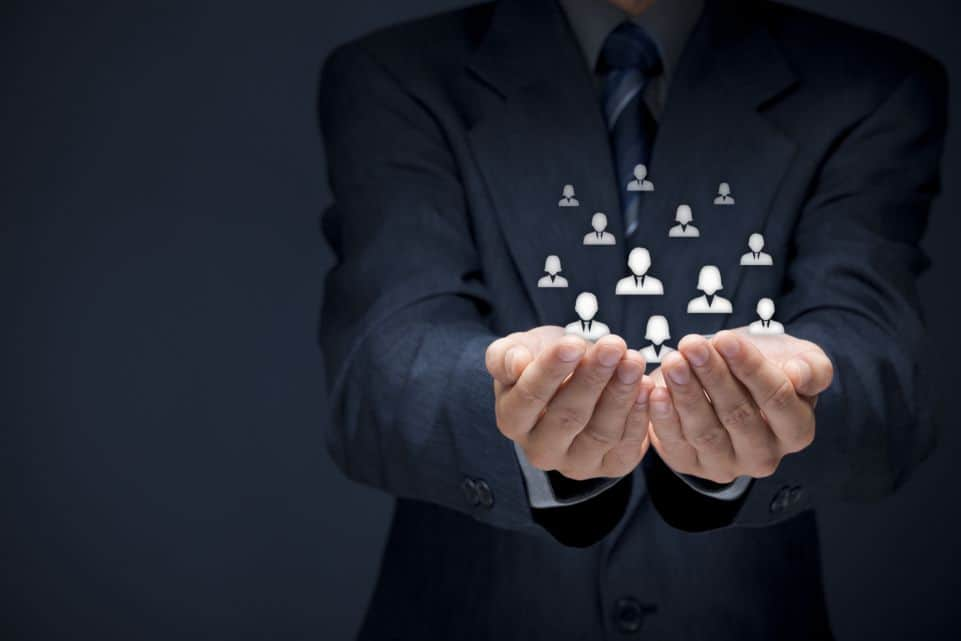 Centraliza la información de tus clientes con soluciones CRM